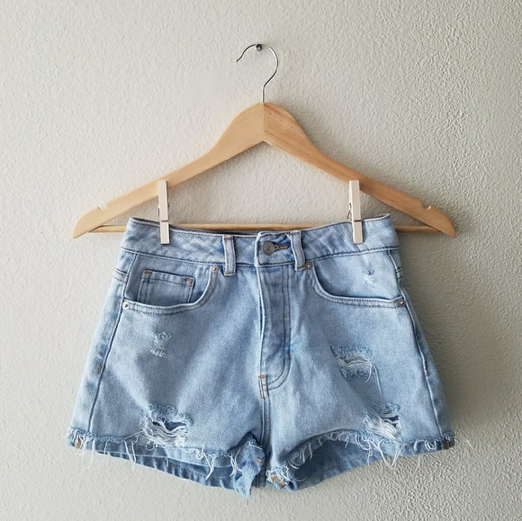 Brandy Melville Pants - Brandy Melville distressed light wash shorts
